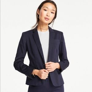NWT Ann Taylor 1-button Blazer in Navy
